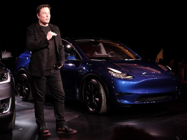 Tesla pulls the wraps off its Model Y crossover SUV - Roadshow