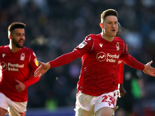 Joe Lolley was 'absolutely ridiculous today' - Nottingham Forest fans praise for two-goal hero
