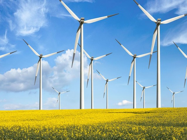 Why Microsoft's new deal to purchase electricity from an Irish wind farm makes sense
