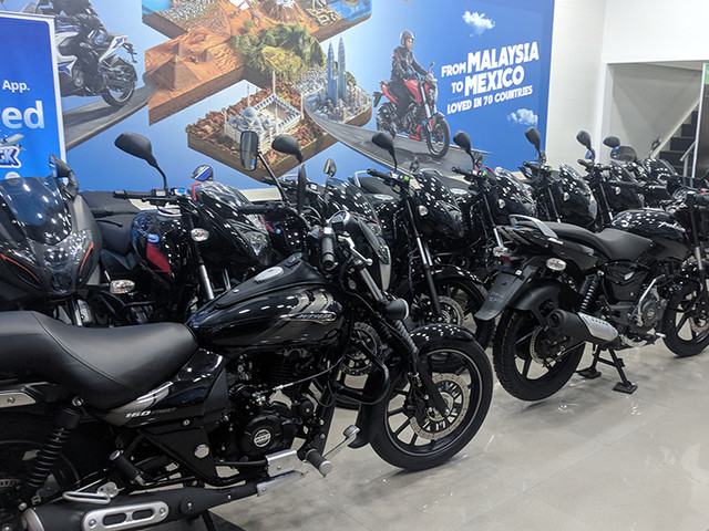 Bajaj offers festive benefits of up to Rs 7,200