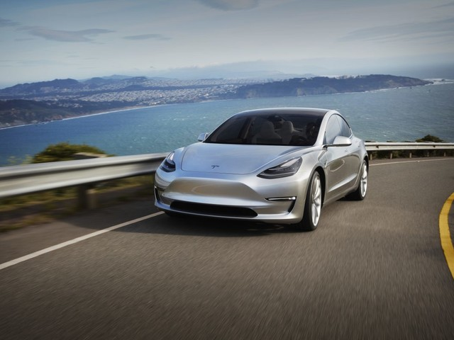 Why Tesla is offering a new Model 3 to a hacker