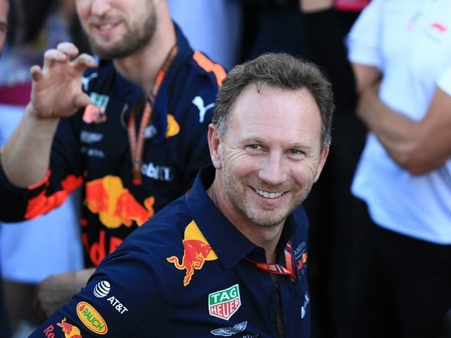 Red Bull Laugh at Renault's Double Retirement at Bahrain GP