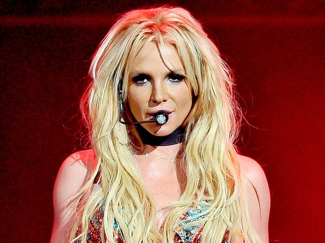 Britney Spears Slams Lip-Synching Claims: 'It Really Pisses Me Off'