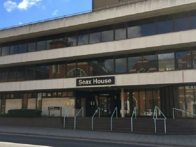 Coroner calls for new report after 999 call was 'wrongly categorised'