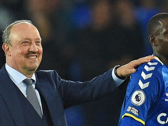 Rafa Benitez makes 'controversial' admission but insists he knows what Everton fans want