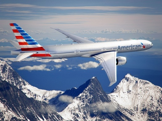 American Airlines bumps up prices for checked bags