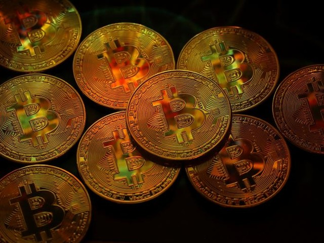 Report: 1,000 People Own 40 Percent of the Bitcoin Market