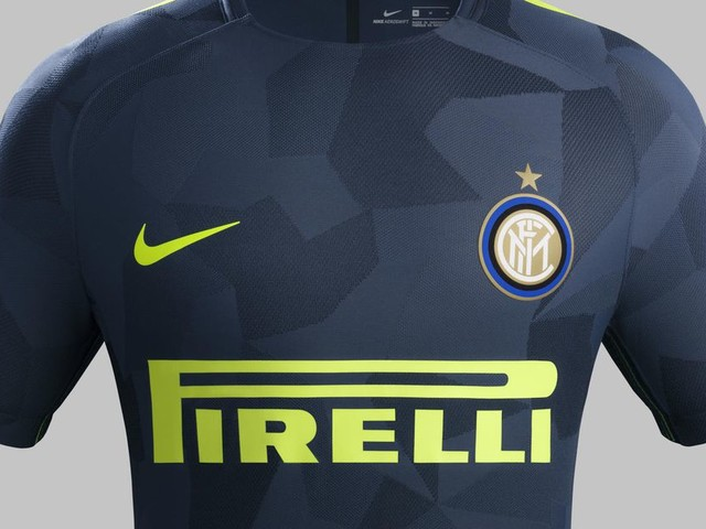 Inter shows off new third kit