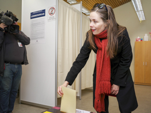 After political scandals, Icelanders head back to polls