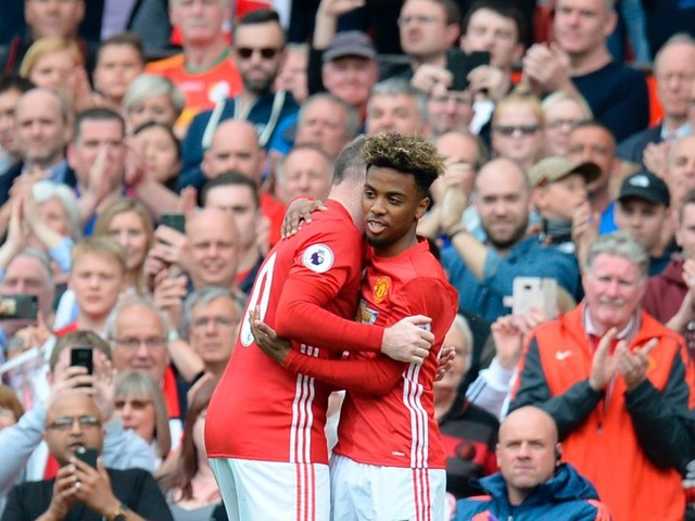 Angel Gomes sends message to Manchester United fans after 'liking' photo of Manchester City's celebrations at Old Trafford