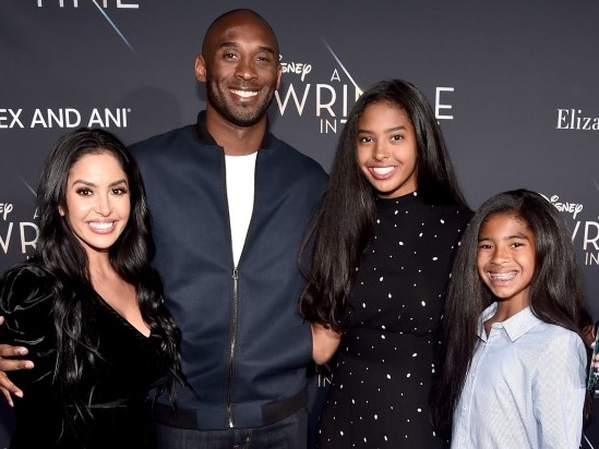 Vanessa Bryant Releases Statement on Deaths of Husband Kobe, Daughter Gianna: 'I Just Wish I Could Hug Them'