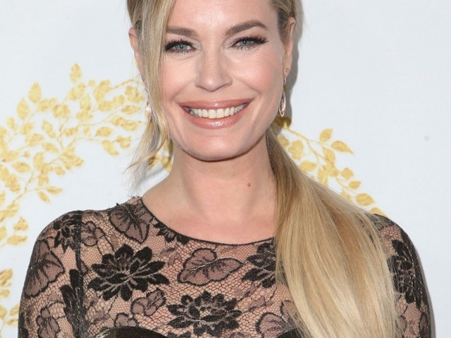 Rebecca Romijn on not giving daughters phones: 'It's not a fight, the answer is no'