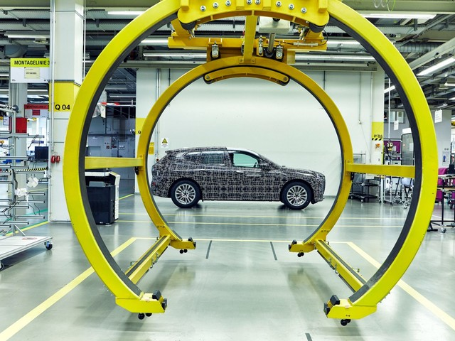 BMW official explains why BMW iNext is taking so long to develop