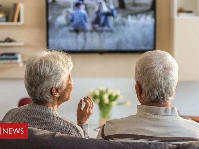 Northern Ireland's number of over 85s rose by 28% in decade