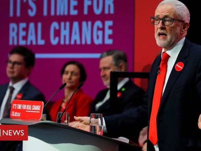 Brexit: Labour pledges new deal with no Irish Sea border