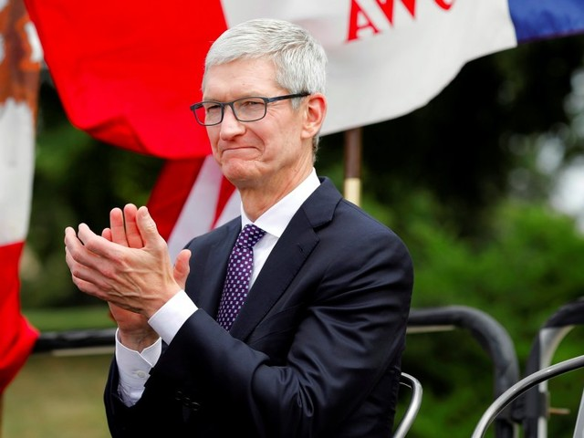 Tim Cook teamed up with Charles Koch to write a pro-immigrant op-ed about 'dreamers' (AAPL)