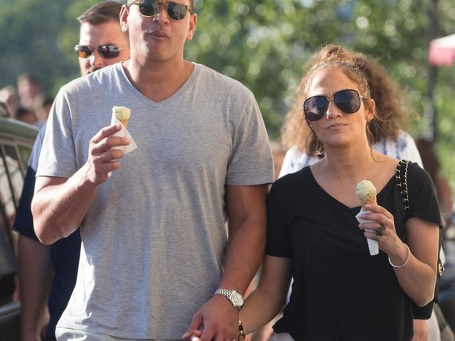 Alex Rodriguez gushes about J-Lo, calls her 'brilliant' & 'a role model'