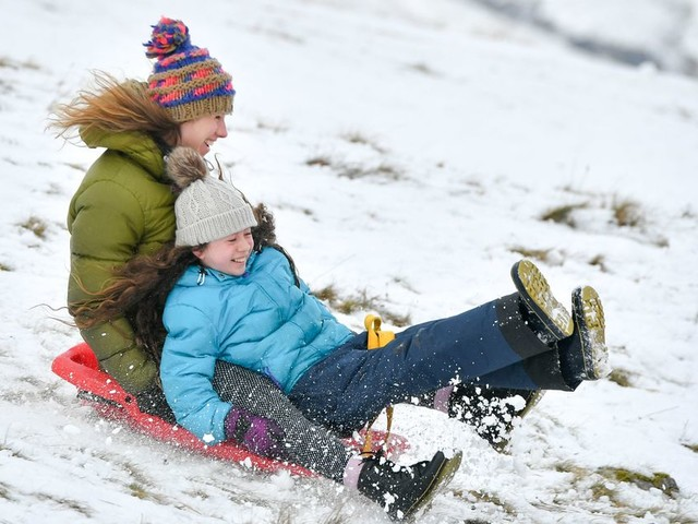UK weather forecast: 'February freeze' as Britain to be battered by SNOW and frost