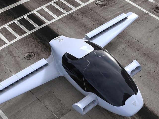 Flying taxi startup Lilium just raised $35 million from SpaceX and Spotify backer Baillie Gifford