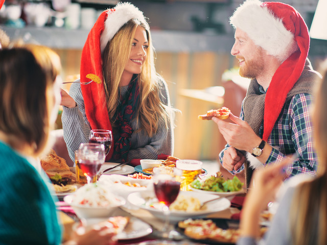 Hosting Christmas This Year? Learn How To Do It Right At This Free Pop-Up