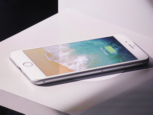 iOS 11.2 is going to support faster 7.5W Qi wireless charging