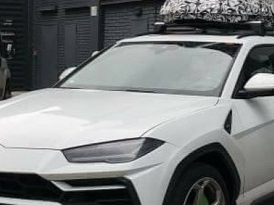 Lamborghini Urus Spied Testing Roof Box As Official Accessory