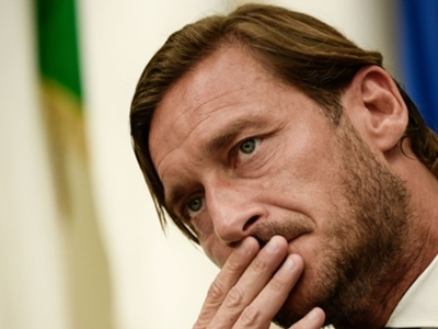 'Fanciful and far from reality' - Roma hit back at Totti claims following club legend's exit