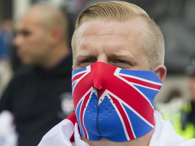 White Brits 'twice as likely to hold extreme views' as British Pakistanis, survey finds