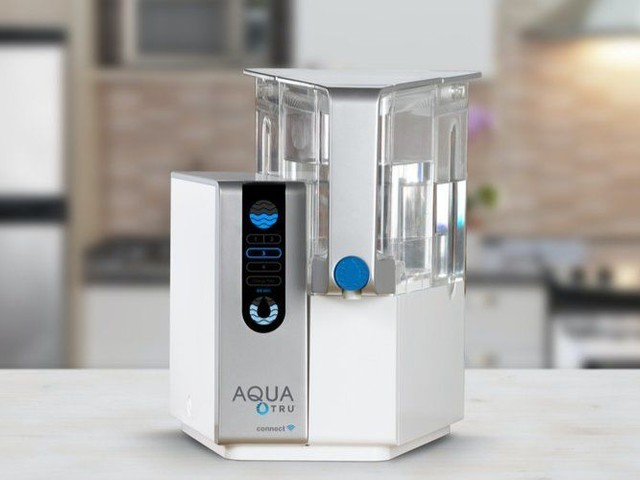 Connected Four-Stage H2O Purifiers - The AquaTru Connect Water Purifier Removes 82 Contaminants (TrendHunter.com)