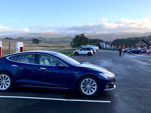 Tesla Model S: The HuffPost Verdict On The Electric Car That Drives Itself