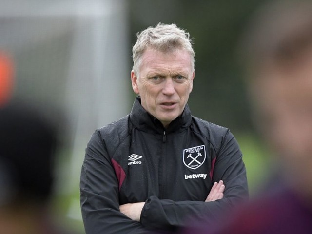West Ham's Javier Hernandez to miss David Moyes' first THREE matches in charge after injury on international duty