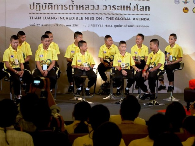 Thai cave story moves to Bangkok mall with boys taking stage
