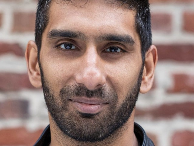Superhuman CEO Rahul Vohra explains how Tiger Global's John Curtius is very different than other VCs