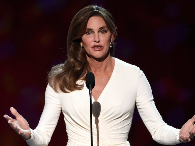 Caitlyn Jenner says transgender girls shouldn't get to participate on girls' sports teams because it 'just isn't fair'