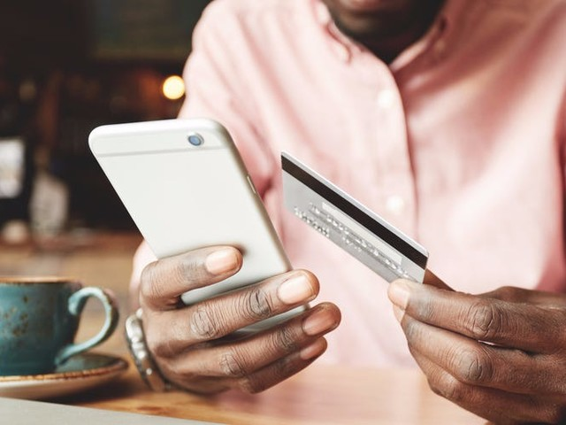 The digital trends disrupting the banking industry in 2019