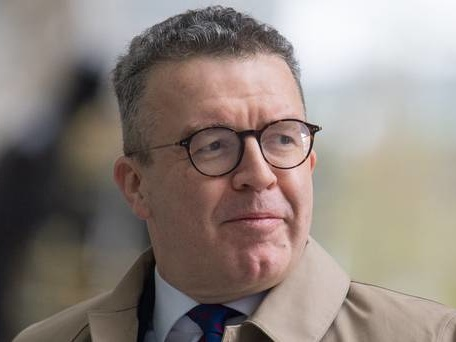 Find some backbone on Brexit – fast: Watson attacks Labour's second ref stance