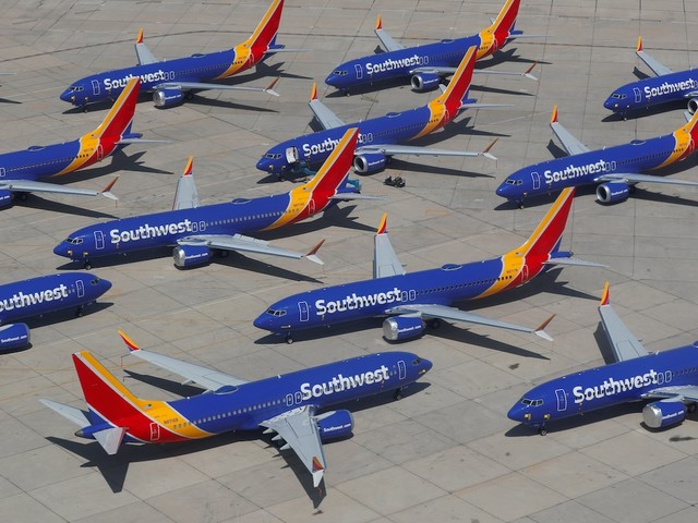 Southwest Airlines cuts its forecast after the grounding of Boeing's 737 Max (LUV)