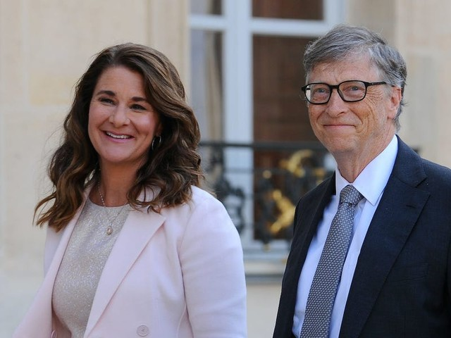 Bill Gates transferred another $2 billion worth of stock to Melinda, taking total transfers since their divorce announcement to about $6 billion