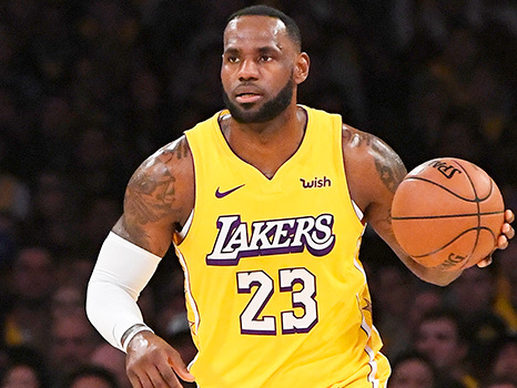 LeBron James Claps Back After He's Criticized For Not Wearing Shoes During Lakers' Game
