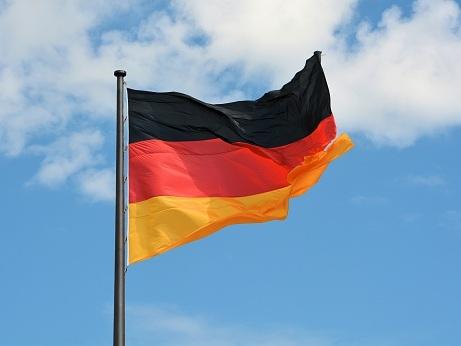 EUR Remains Strong Despite German Consumer Confidence
