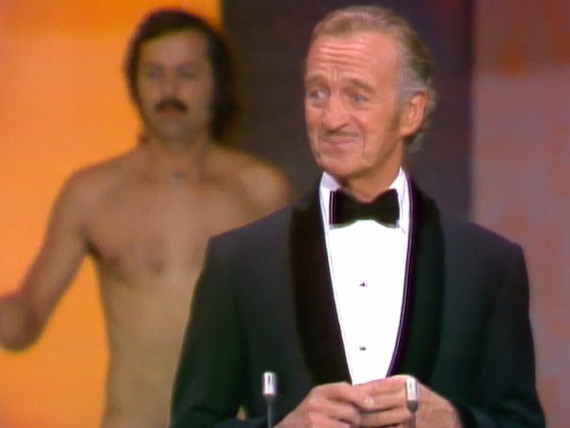 It's Time To Bring Back Streaking To The Oscars