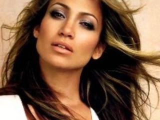 Jennifer Lopez Releases Video For Amor Amor Amor Featuring Wisin