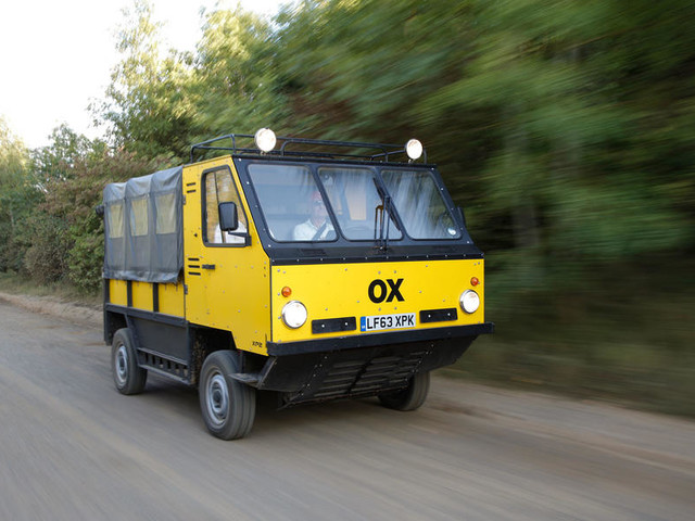 World's first flat-pack truck: crowdfunding begins for vehicle testing