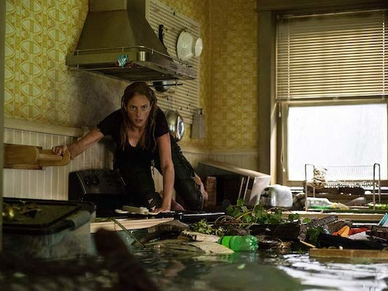 'Crawl' Film Review: Kaya Scodelario Contends With Killer Gators and a Toothless Screenplay