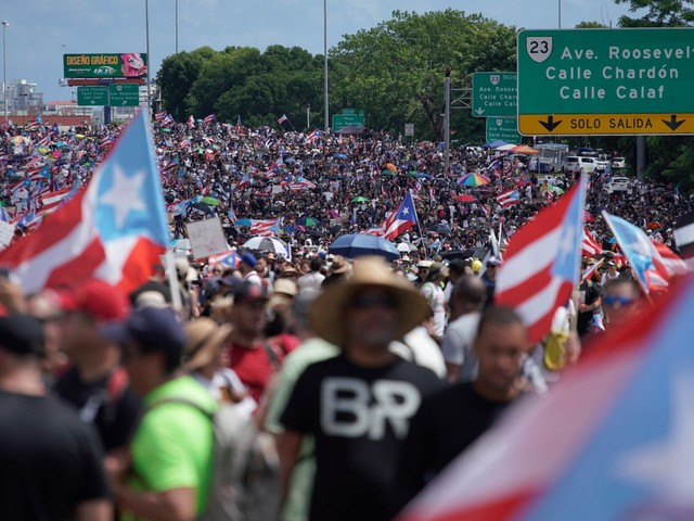 26 photos show thousands of Puerto Ricans filling a highway, dancing, and riding on horseback to drive Gov. Ricardo Rossello from office in what is likely the island's biggest protest ever
