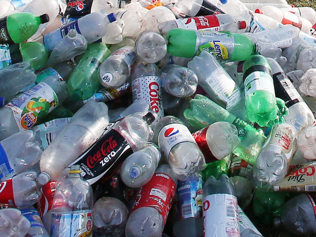 Public Do Not Believe Government Is Doing Enough To Tackle Plastic Waste, Poll Shows
