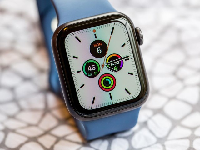 My Apple Watch saved my life: 5 people share their stories - CNET