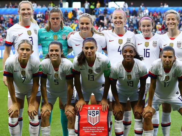 1 favorite, 1 sleeper, 1 overvalued favorite for the Women's World Cup knockout stage