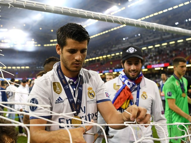 Morata looking forward to a 'strange' summer's happy ending with Conte and Chelsea