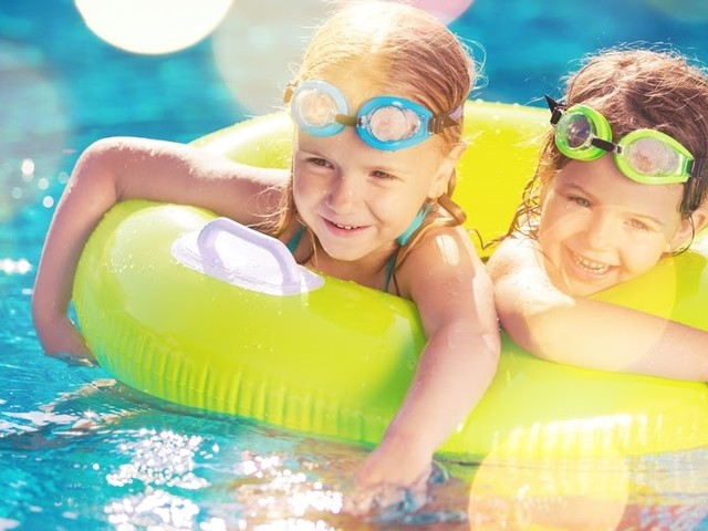 Helping your Little One Overcome their Fear of Water